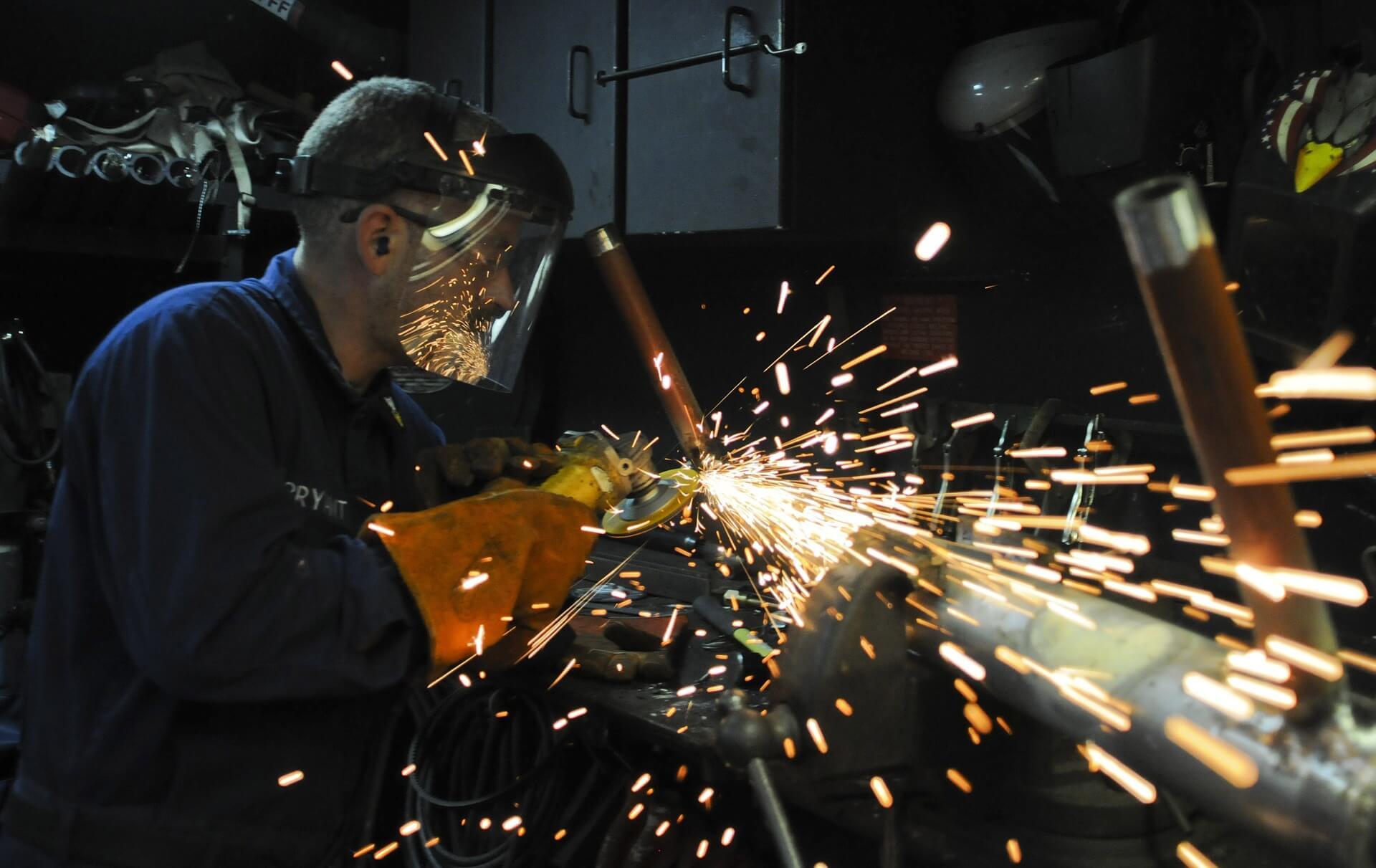 Obrero y/o técnico especializado